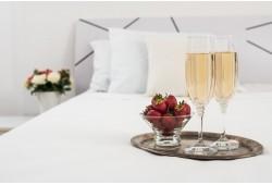 """Poilsis ir romantiška vakarienė viešbutyje """"Pušynas"""""""