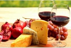 Sūrio ir vyno degustacija Klaipėdoje (2 asmenims)
