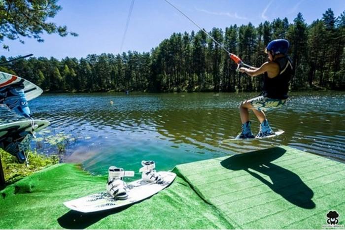 Visos dienos linksmybės vandenlenčių parke Druskininkuose