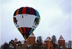 Nepamirštamas skrydis oro balionu žiemą Trakuose
