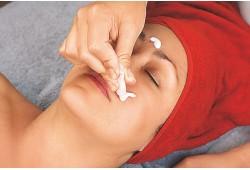 Gilaus veido odos drėkinimo procedūra HYDRA FILL Vilniuje