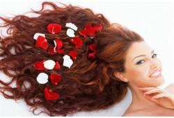 """Plaukus puoselėjanti procedūra grožio salone """"Birutė"""" Utenoje"""