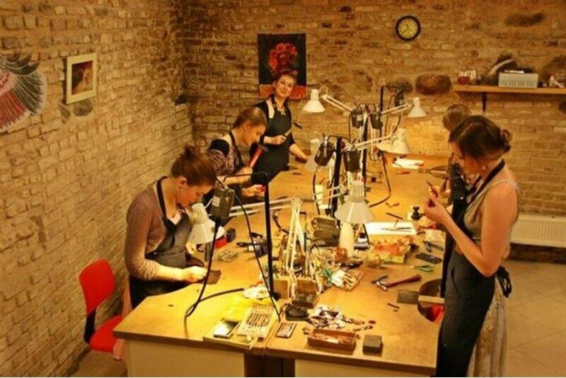 Juvelyrikos pamoka Vilniuje