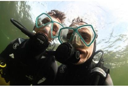 Pažintinis nėrimas su povandenine fotosesija (2 asmenims)