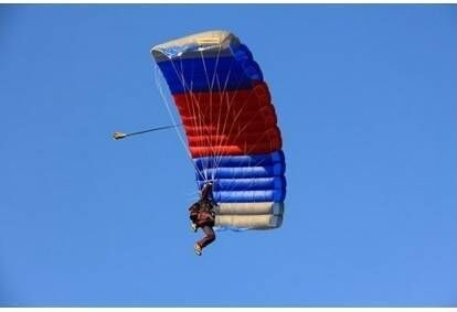 Šuolis sparno tipo parašiutu Vilniuje