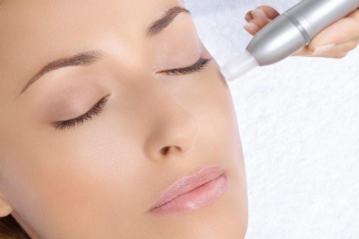 """Kosmetinė procedūra veidui """"Mikrodermoabrazija"""""""