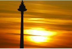 Romantiška vakarienė virš debesų Televizijos bokšte