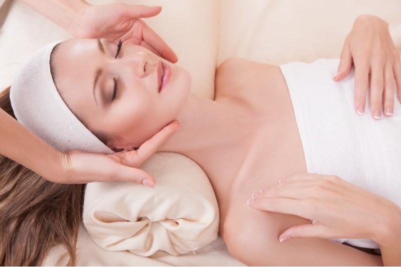 Limfodrenažinis veido ir nugaros masažas Alytuje