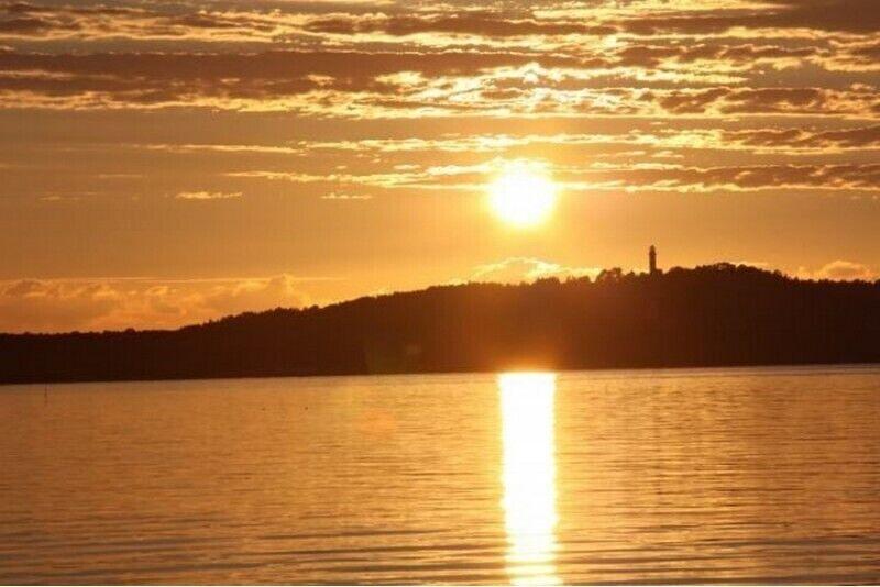 Saulės palydėjimas laive Kuršių mariose 1-8 asmenims