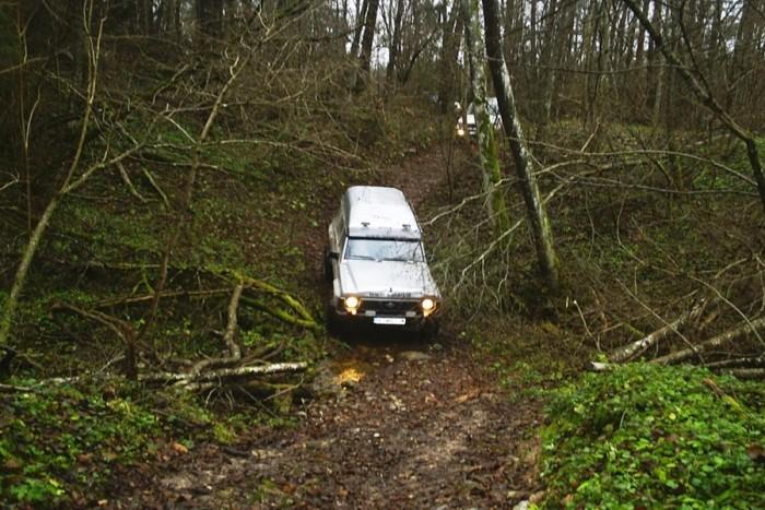 Ekstremalaus vairavimo pamoka visureigiu (6 asmenims)