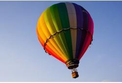 Romantika alsuojantis skrydis oro balionu Trakuose