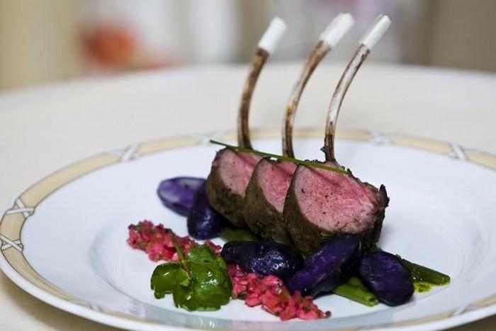 """Jauki vakarienė prabangiame restorane """"La Pergola"""" Vilniuje"""