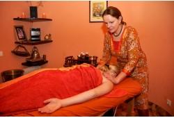 Veido, kaklo ir galvos masažas + shirodhara Vilniuje