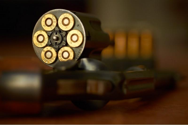 """Ekstremalus šaudymas iš 3 ginklų šaudykloje """"Vollit"""" Šiauliuose"""
