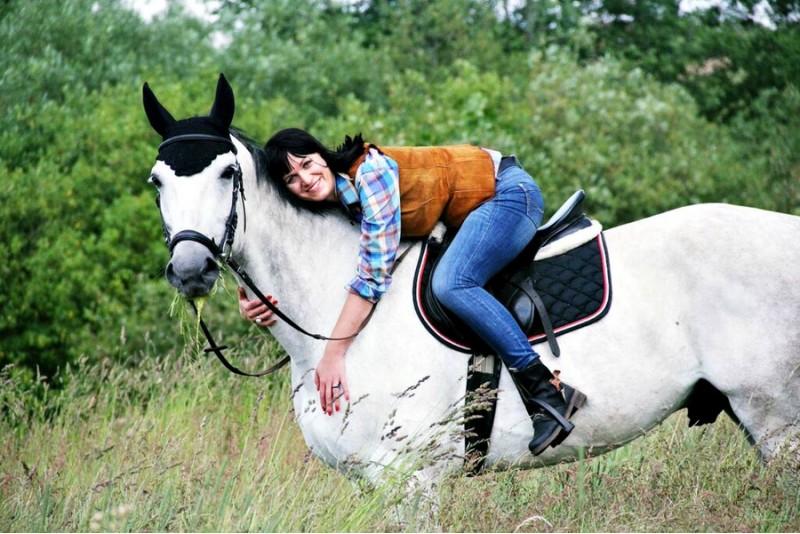 Pasijodinėjimas žirgais gamtoje dviem Vilniaus apylinkėse