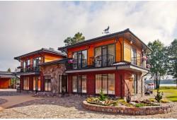 Romantiška nakvynė dviem apartamentuose su terasa į ežerą