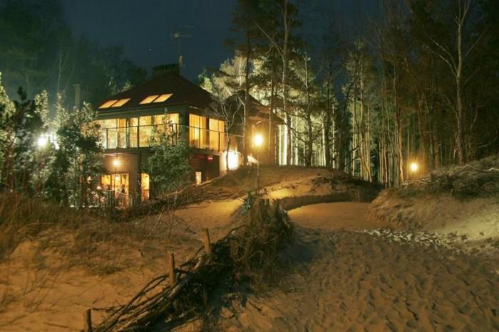 "Romantiškas poilsis ant jūros kranto viloje ""Chateau Amber"""