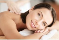 Atpalaiduojantis nugaros, rankų ir taškinis plaštakų masažas