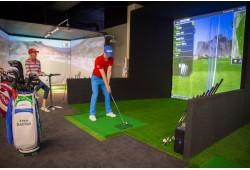 Golfo žaidimas trijų ekranų simuliatoriuje VIlniuje