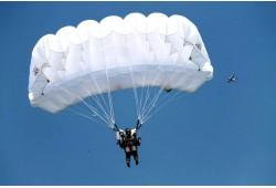 Šuolis sparno tipo parašiutu Sasnavos aerodrome