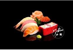 """Išskirtinė japoniška arba korejietiška vakarienė restorane """"Sakura"""""""