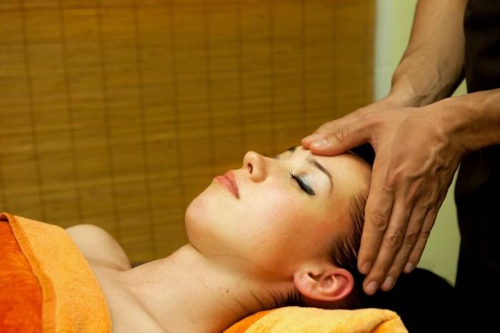 Kompleksinis viso kūno ir veido antistresinis masažas