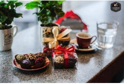 """Kavos ir šokoladų degustacija dviem kokteilių bare """"COSMOS"""""""