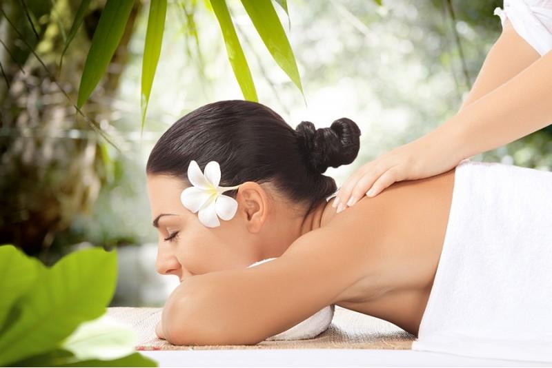 """Bali Santi kūno masažas salone """"Provanso kvapai"""""""