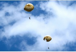 Šuolis apvaliu parašiutu Marijampolėje