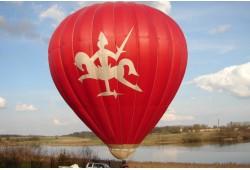 Romantiškas skrydis oro balionu iš oreivių sodybos