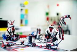 Robotikos užsiėmimai visam mėnesiui Šiauliuose