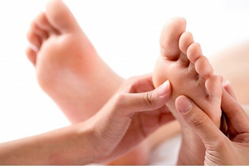 """Pėdų, kojų masažas """"Masažo klinikoje"""" Vilniuje"""