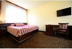 """Romantiškas 2 nakvynių poilsis viešbutyje """"Rivastar"""" Palangoje"""