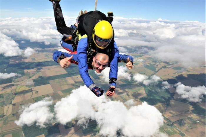 Tandem šuolis parašiutu Raudondvario aerodrome