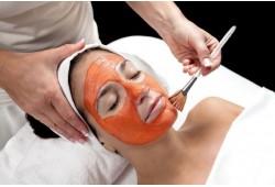 Vyšnių kremo kaukė ir veido masažas Panevėžyje