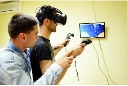 """Virtualios realybės pramogos """"VR House"""" Alytuje"""