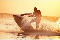 Pasiplaukiojimas vandens motociklu Baltijos jūroje