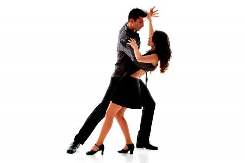 """Šokių pamokos studijoje """"Aistra šokiui""""  (4 pamokos)"""