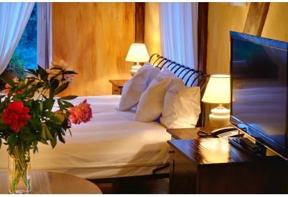 """Nakvynė viešbutyje """"Romantic"""" su SPA procedūromis ir pusryčiais"""