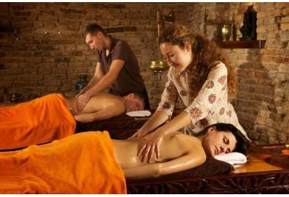 Indiškas ritualas dviem Vilniuje