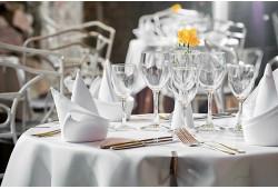 "Prabangi vakarienė restorane ""Europa"" BEST WESTERN Santaka viešbutyje kaune"