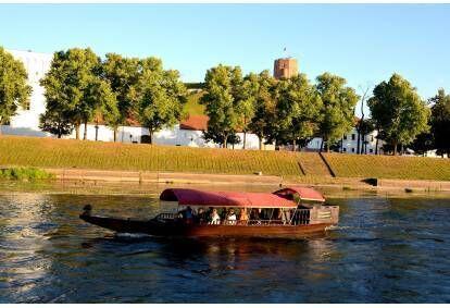 Plaukimas gondola 1-12 asmenų Vilniaus gondola