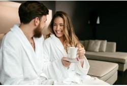"""2 romantiškos nakvynės su masažu ir vakariene dviem viešbutyje """"De Lita"""""""