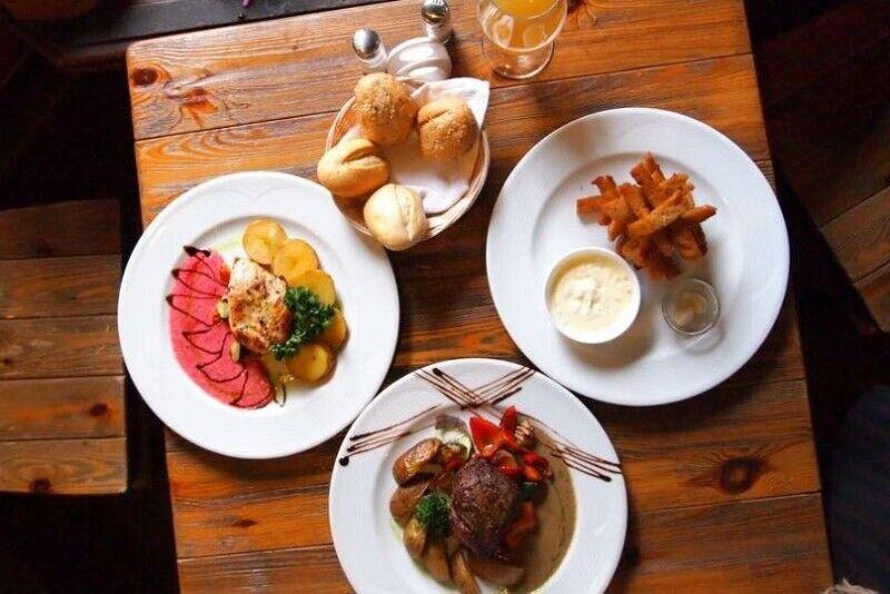 """Apsilankymas tradicinių lietuviškų patiekalų smuklėje  """"Friedricho pasaže"""""""