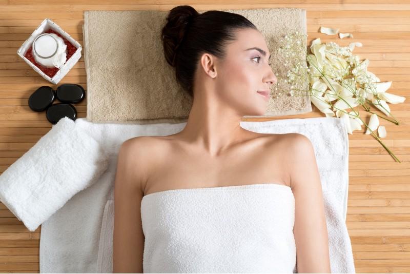 """Viso kūno aromaterapinis masažas grožio centre """"Žiedė"""" Marijampolėje"""