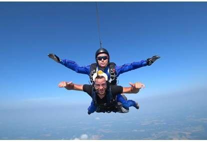 Tandem šuolis parašiutu Raploje Estijoje