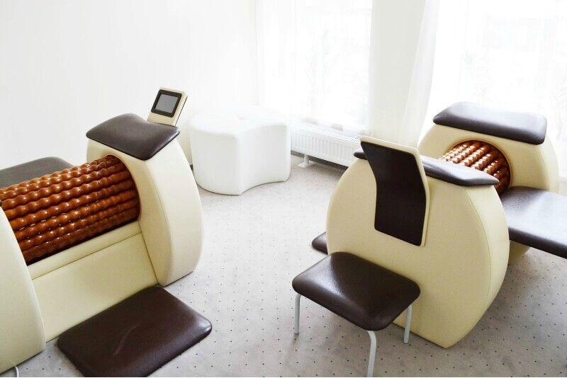 10 liekninamųjų masažų su Roll SPA abonementas