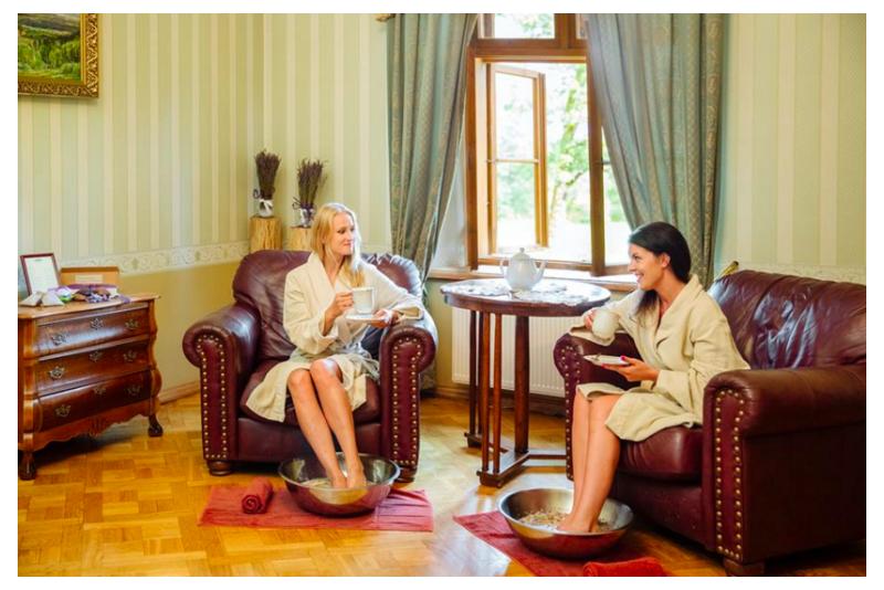 """Nakvynė su SPA """"Kavos ir pieno tango""""  Dikļu pilyje"""