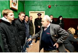 Išgyvenimo drama sovietiniame 1984 m. bunkeryje