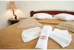 """Romantiska nakšņoša ar vakariņām viesnīcā """"Good Stay Dinaburg Hotel"""" Daugavpilī"""